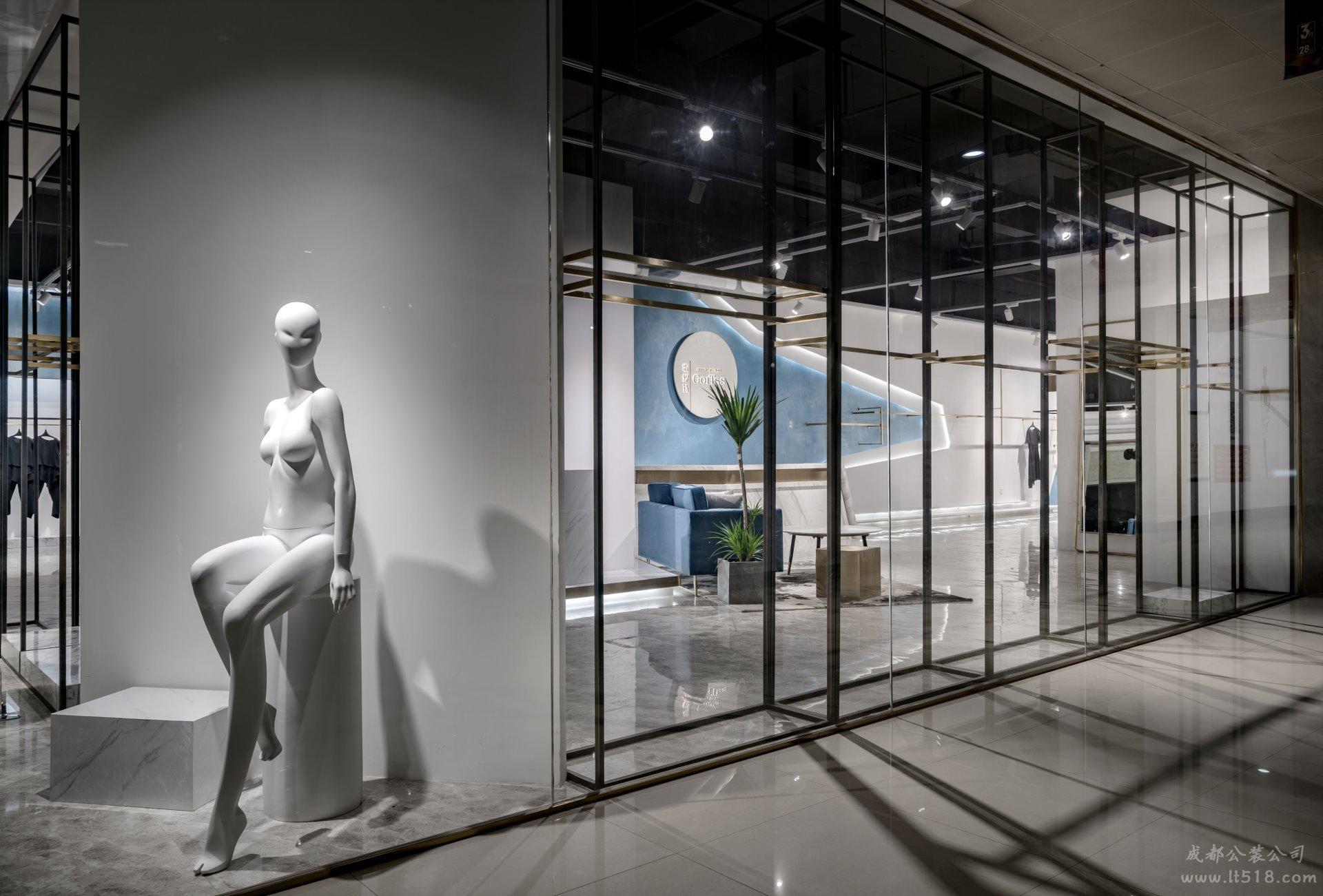成都40平服装店装修如何设计呢?服装店