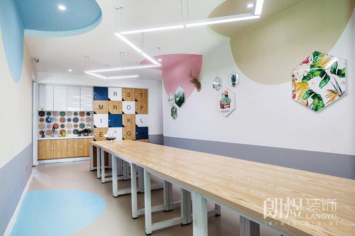 怎样的培训学校装修设计才能吸引学生?